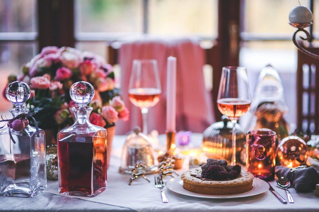 table, served, prepared-791148.jpg